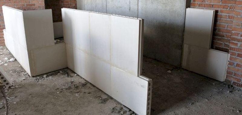 Пароизоляция деревянных стен бани